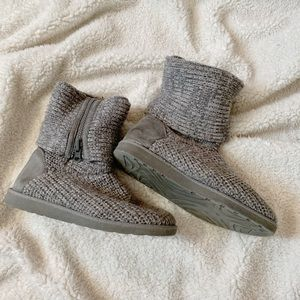 Grey Knit Booties!